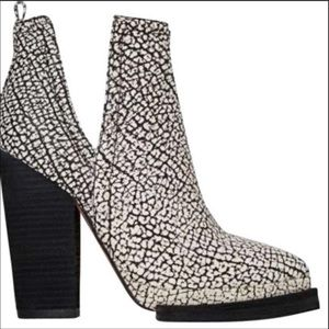 ANTHROPOLOGIE JEFFREY CAMBELL IBIZA Colab Booties